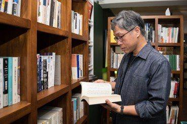 佐渡守/用台灣的文學態度走向國際——專訪台文館館長蘇碩斌