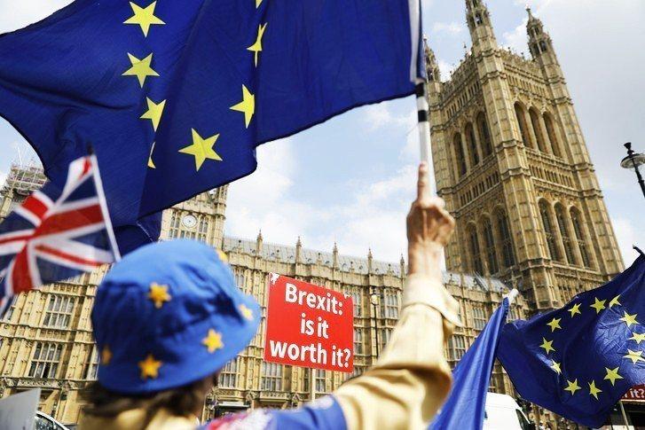 英國最新民調顯示,如英國再辦脫歐公投,將有超過半數受訪者支持留歐。(photo ...
