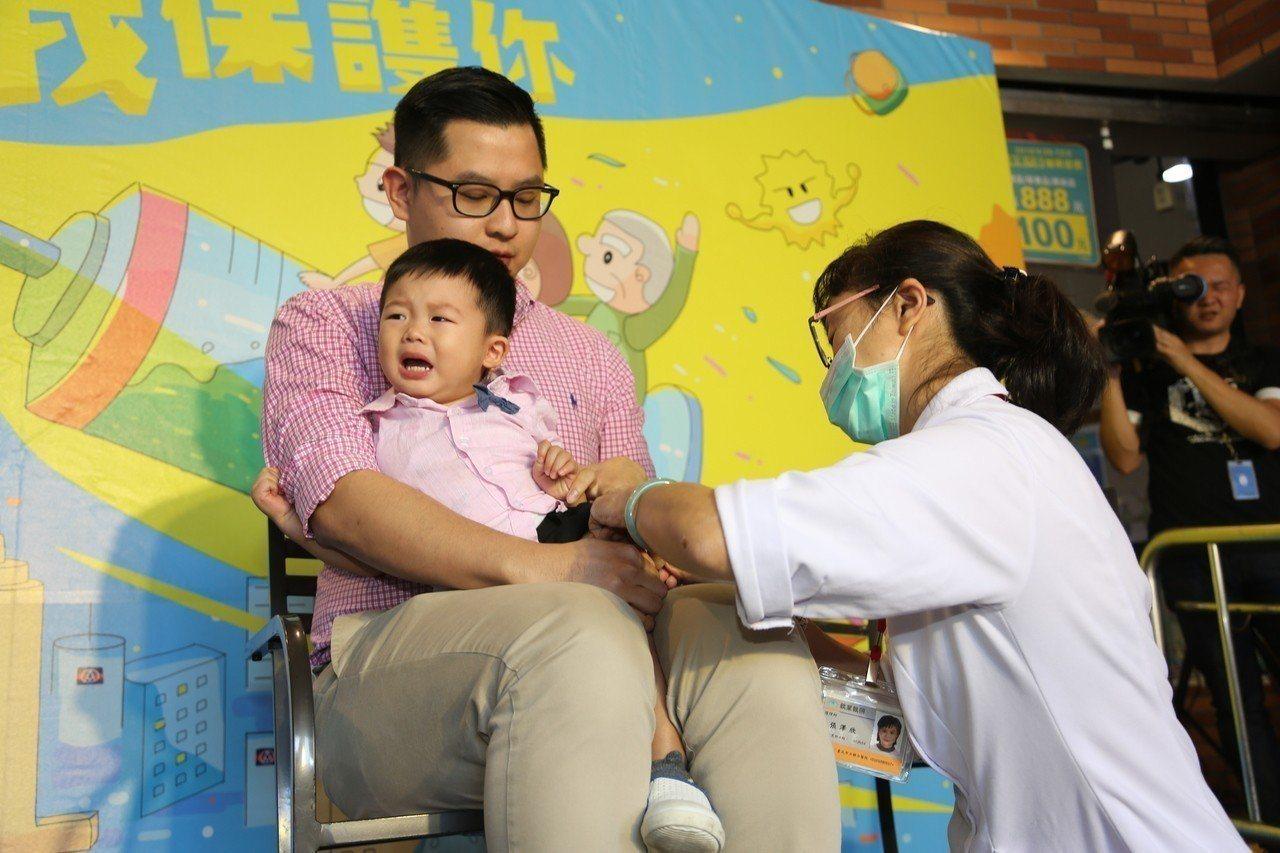 疾管署鼓勵,學齡前幼兒儘速接種公費流感疫苗。圖/疾管署提供