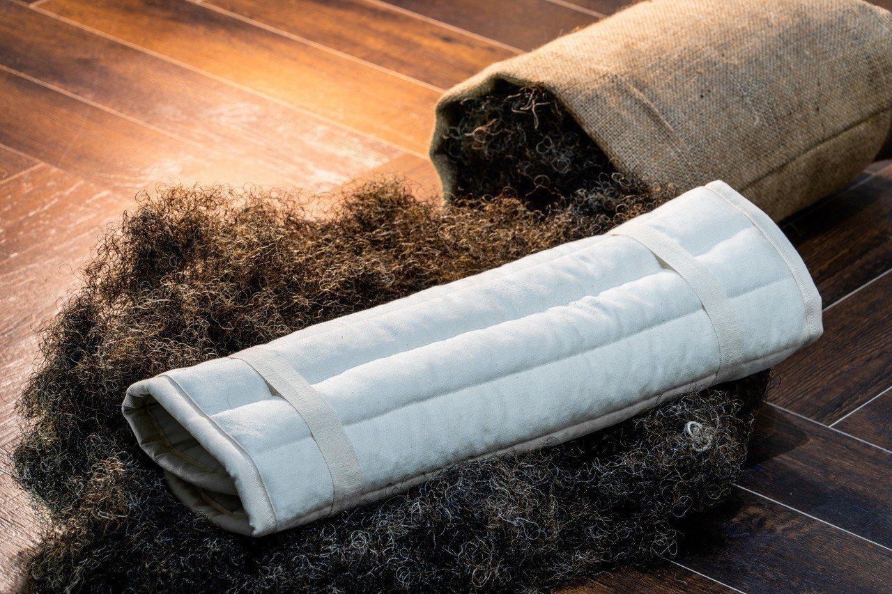 馬毛填料保留充足的空氣流動空間,相對不易提供溫暖潮濕的條件讓塵蟎生長,進而不會出...