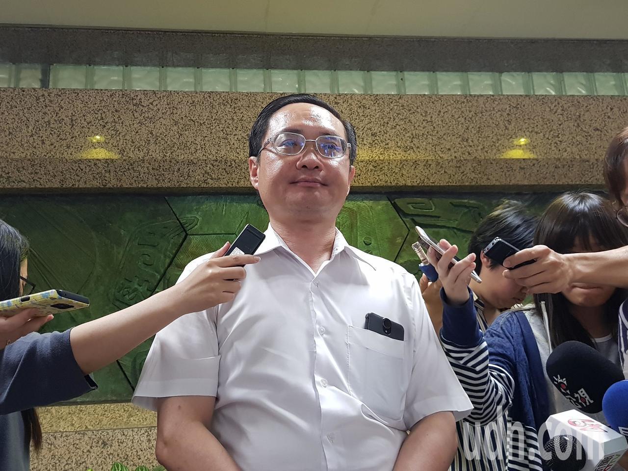 農委會漁業署副署長林國平,是今天出來回應的最高層級官員。記者彭宣雅/攝影