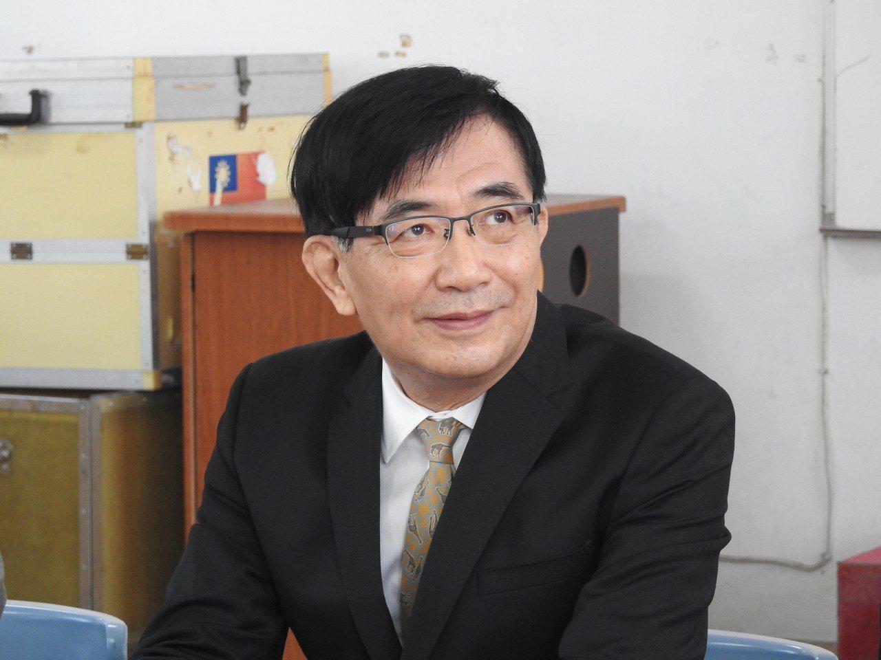交通部長吳宏謀今到南投縣談及台灣觀光現狀,強調陸客減,但來台的旅客人次並未減少。...