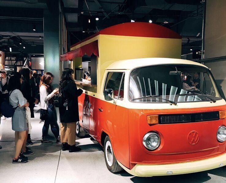 「旺萊甜爆漿車輪餅」胖卡餐車。圖/誠品提供