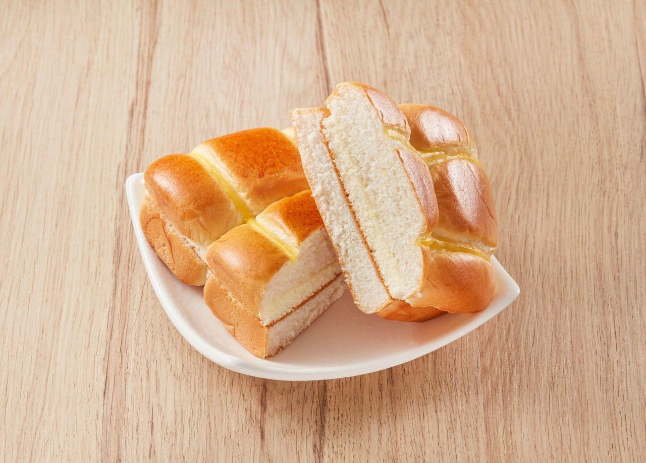 北海道牛奶雙饗麵包(175g/個)35元。圖/全聯提供