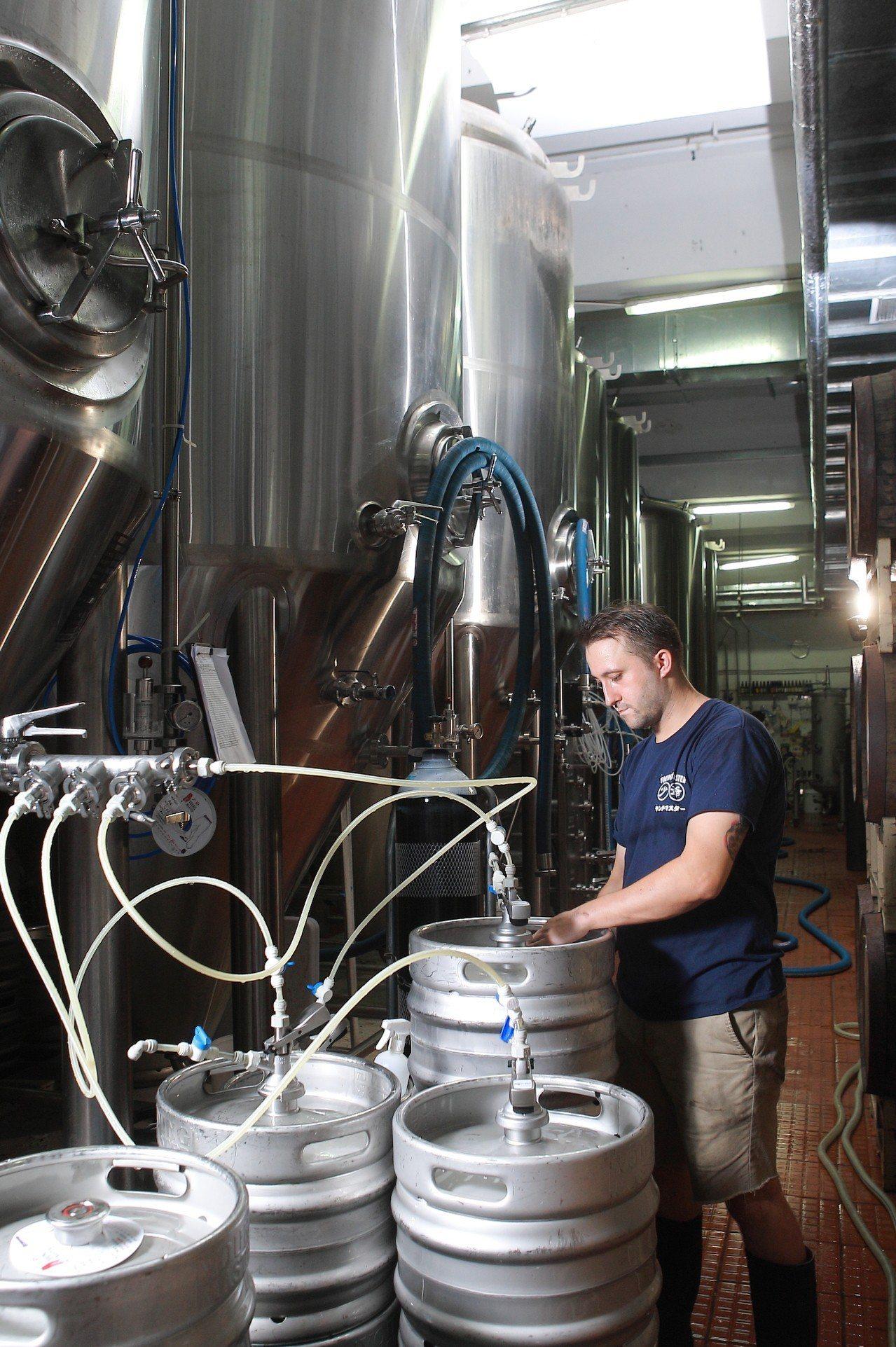 在少爺啤酒廠,可看到各種釀酒相關設備。 ※ 提醒您:禁止酒駕 飲酒過量有礙...