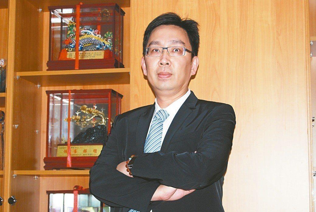 專業生產工具機排屑機的逢吉工業執行長鄭志鵬。 魯修斌/攝影