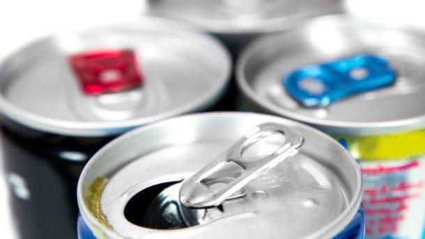 一項小型研究指出,含有咖啡因的能量飲料可能會降低血管運作效率。 圖/網路照片