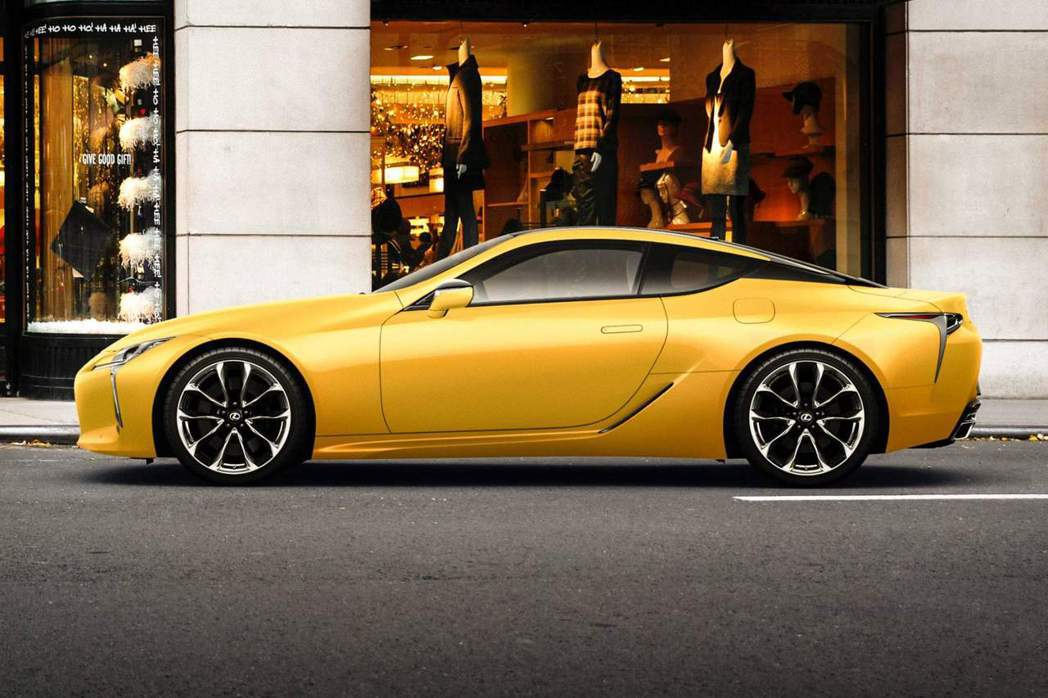 Lexus在2018年的尾聲為自家日本市場,推出限時供應的LC Luster Yellow Edition特仕車。 摘自Leuxs Jp