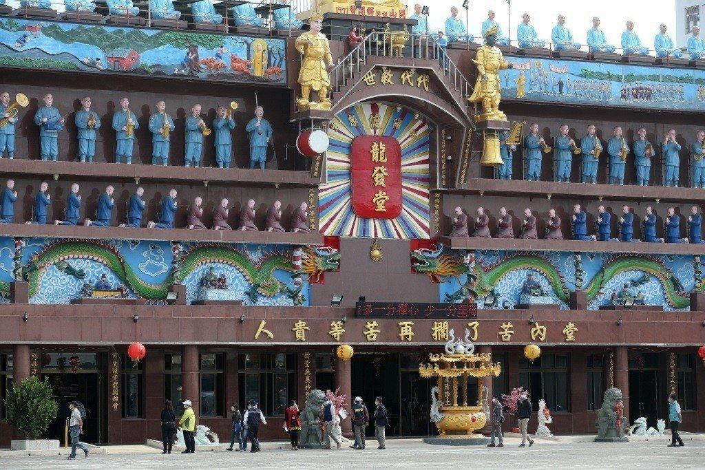 以創堂主持釋開豐為信仰核心的廟宇,一度是台灣最為著名的精神病患收容機構之一。 圖...