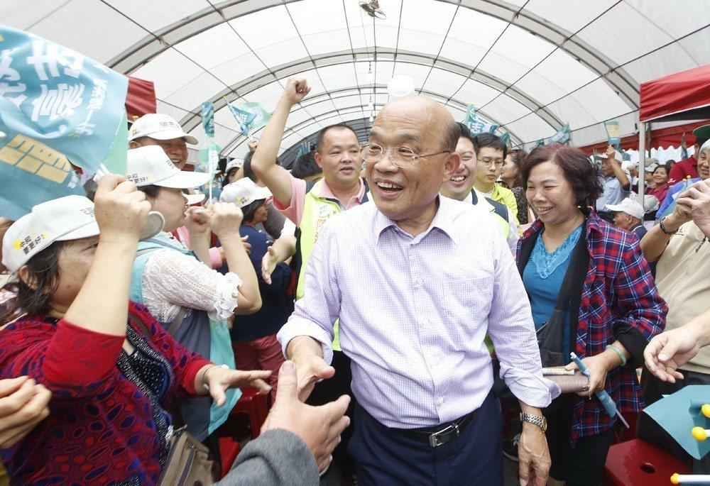 蘇貞昌投入新北選戰後,掃街的陸軍戰從未停過。 攝影/郭晉瑋