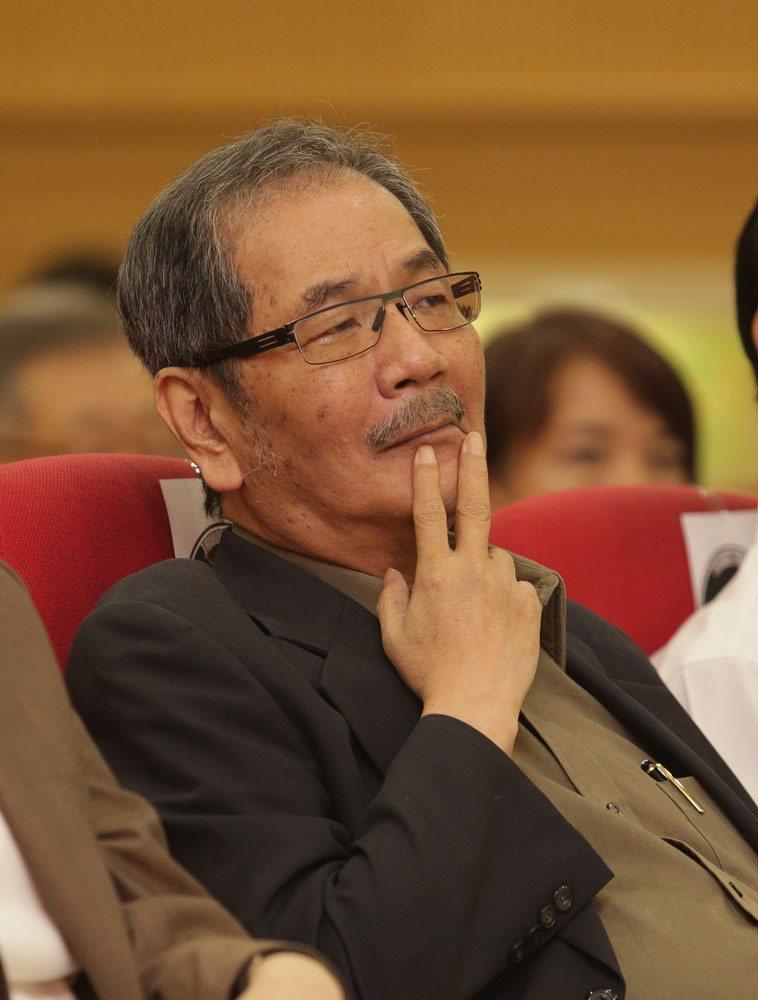 吳乃仁家族不再接受台苯董事職務邀請,表明不玩了。 本刊資料