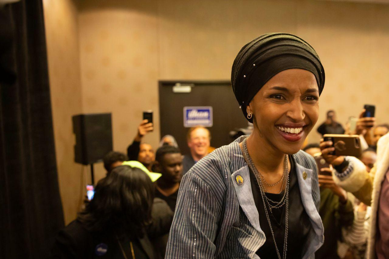 民主黨穆斯林候選人歐瑪6日在明尼亞波利斯選區當選聯邦眾議員。法新社