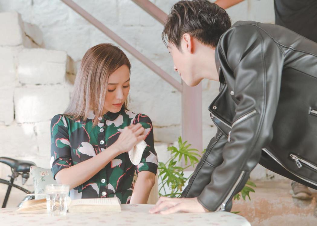 陳漢典新歌「愛情有你」找來侯佩岑當女主角。圖/有聲娛樂提供