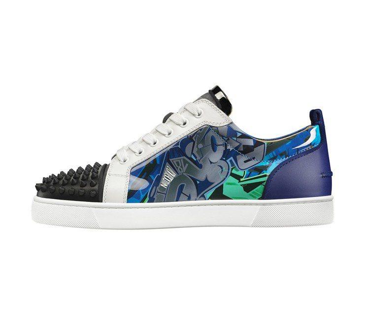 藍綠色的塗鴉是2019春夏主色,男款運動鞋價格店洽。圖/Chrisitan Lo...