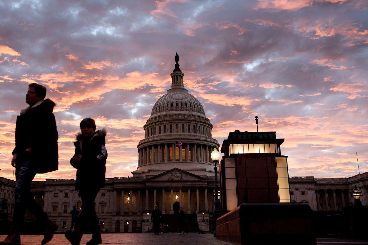 民主黨在期中選舉拿下眾院控制權,將在外交政策上制衡川普。圖為美國國會山莊。法新社