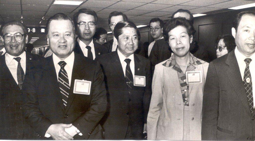 高雄市長許水德(左二)。 圖/聯合報系資料照片