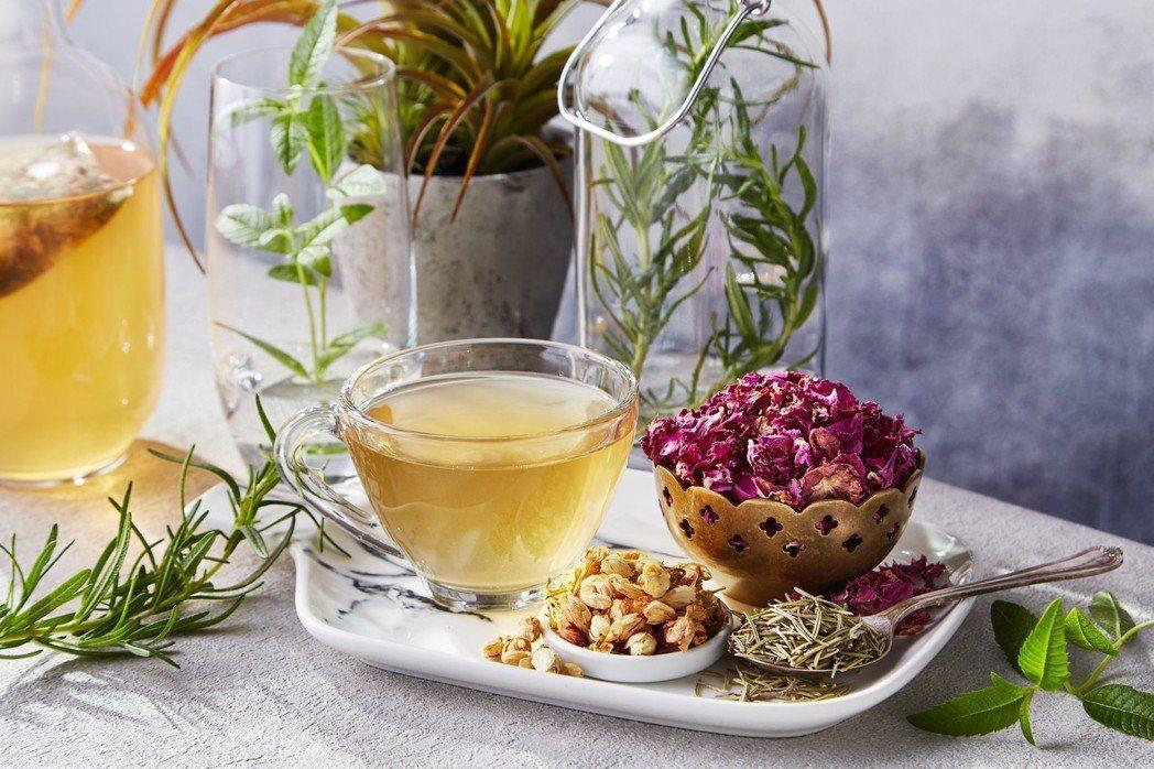 將百年藥行的靈魂融合到台灣的飲茶文化中 東方菁淬 / 提供