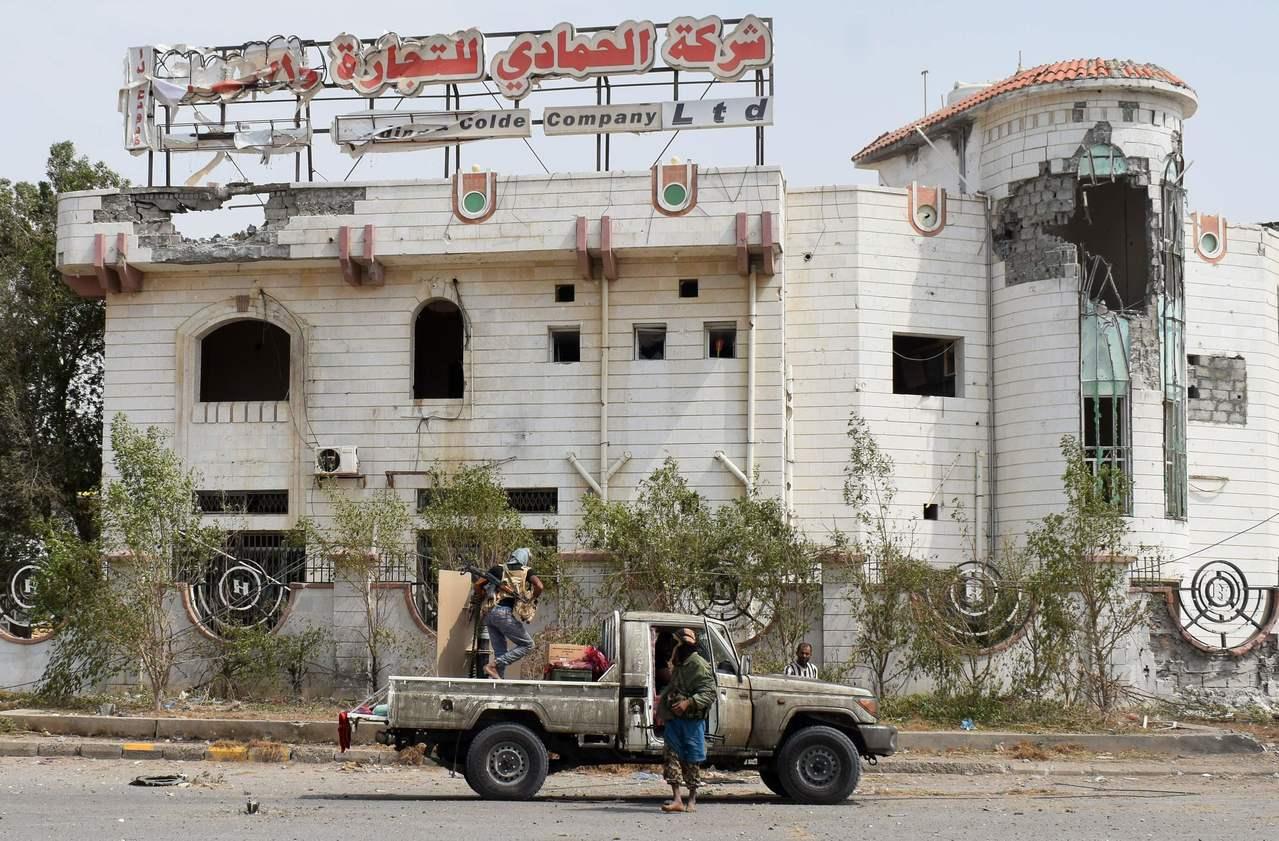 葉門親政府軍今天進逼荷台達核心地帶。 法新社