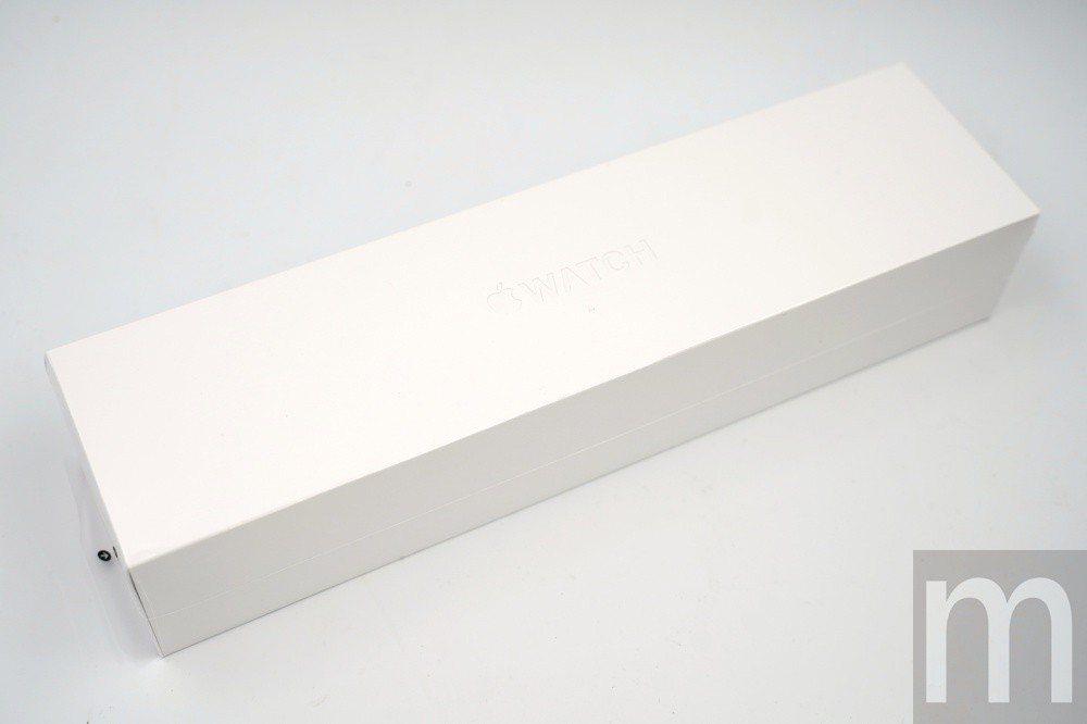 此次Apple Watch series 4實際盒裝
