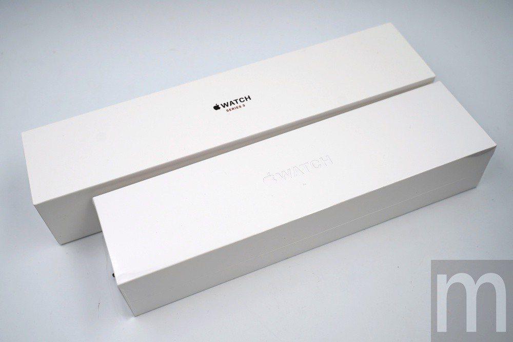 與Apple Watch series 3 Wi-Fi+Cellular版本盒裝...
