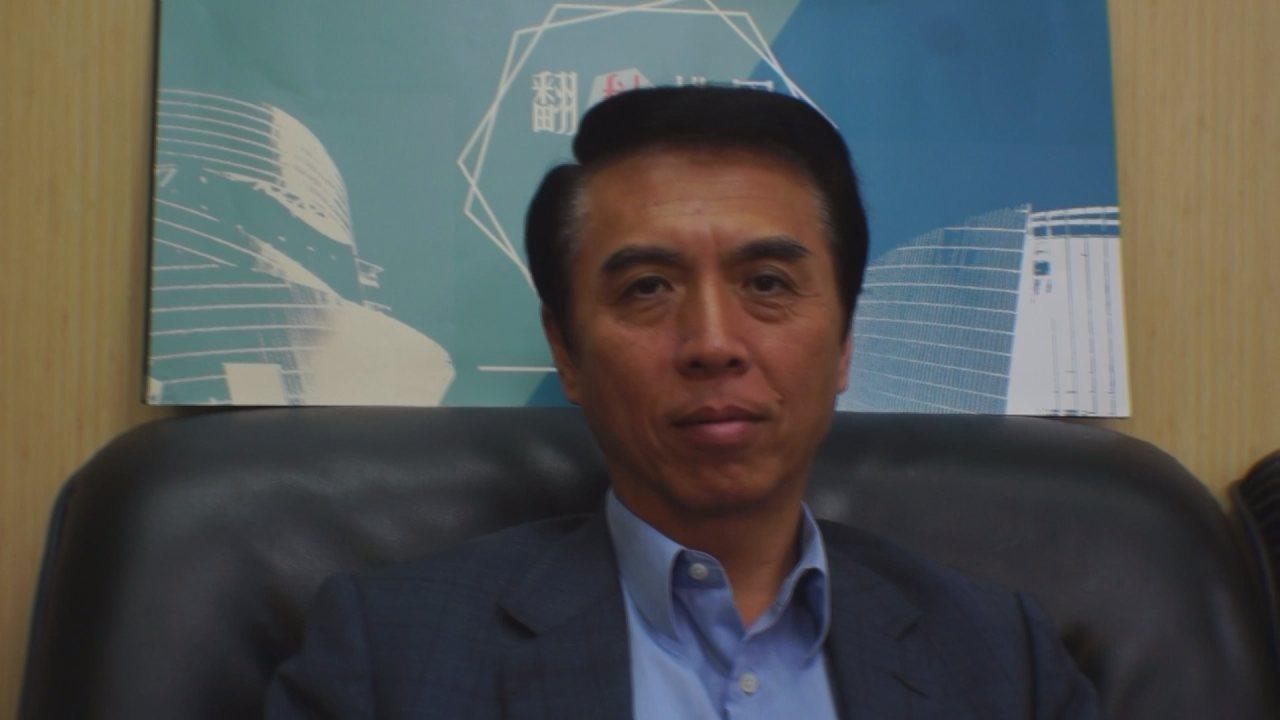 國民黨桃園市長候選人陳學聖接受聯合新聞網快問快答挑戰。記者余靖瑩/攝影