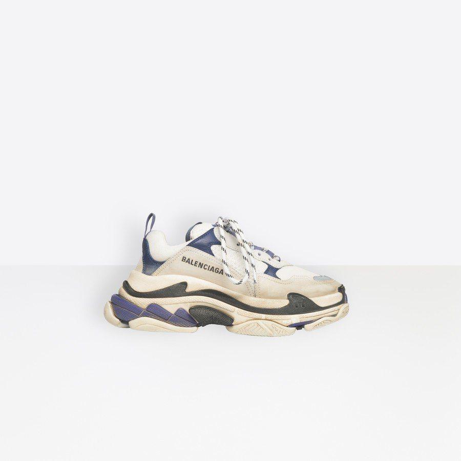 帶起老爹鞋熱潮的Triple S就是以仿舊概念所打造。圖/摘自Balenciag...