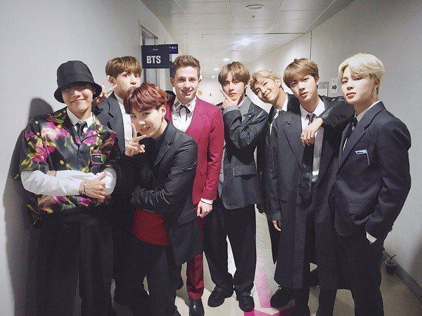 BTS防彈少年團日前與CP查理合唱。圖/摘自BTS官方推特