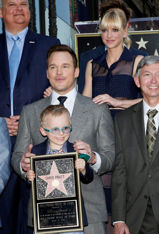 安娜法莉絲曾帶著兒子傑克出席克里斯普萊特名留好萊塢星光大道典禮。圖/路透資料照片