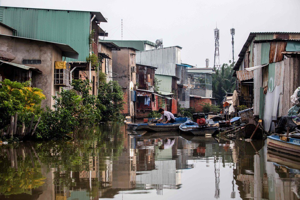 黑色運河曾是胡志明市的交通動脈。 (法新社)