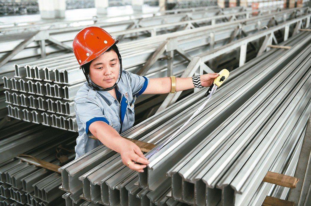 美國商務部最終裁定,將對中國普通鋁合金板課徵稅率96.3%至176.2%的反傾銷...