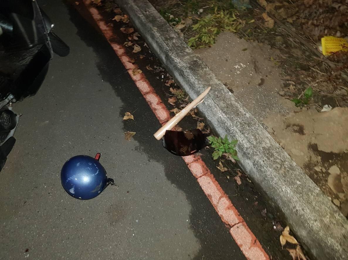 新北市兩幫人馬昨天深夜疑似談判不成,引爆持械大亂鬥,警方迅速趕抵,發現2名男子遭...