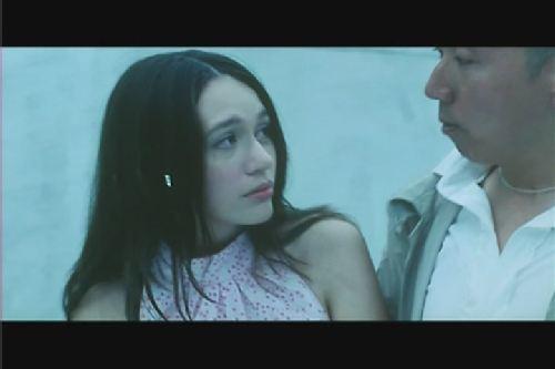 譚筠怡曾演過三級片「獸性新人類」。圖/翻攝自Youtube