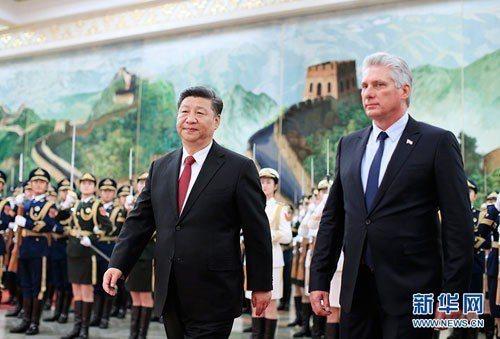 中國大陸國家主席習近平昨日會見到訪的古巴國務委員會主席兼部長會議主席迪亞斯卡內爾...