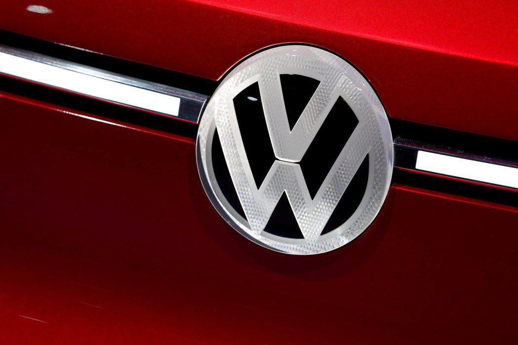 福斯準備生產平價電動車,順應法規也保障就業。 路透