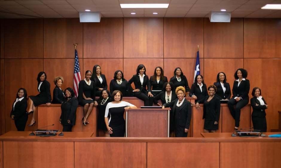 美國德州哈里斯郡創造「德州奇蹟」,19名非洲裔女性競選法官全部勝選。取自harr...
