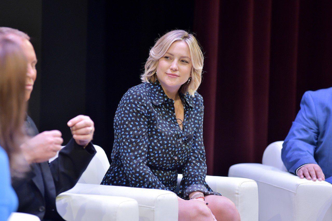 凱特哈德森出席UCLA慈善座談會。圖/Getty Images for MICH...