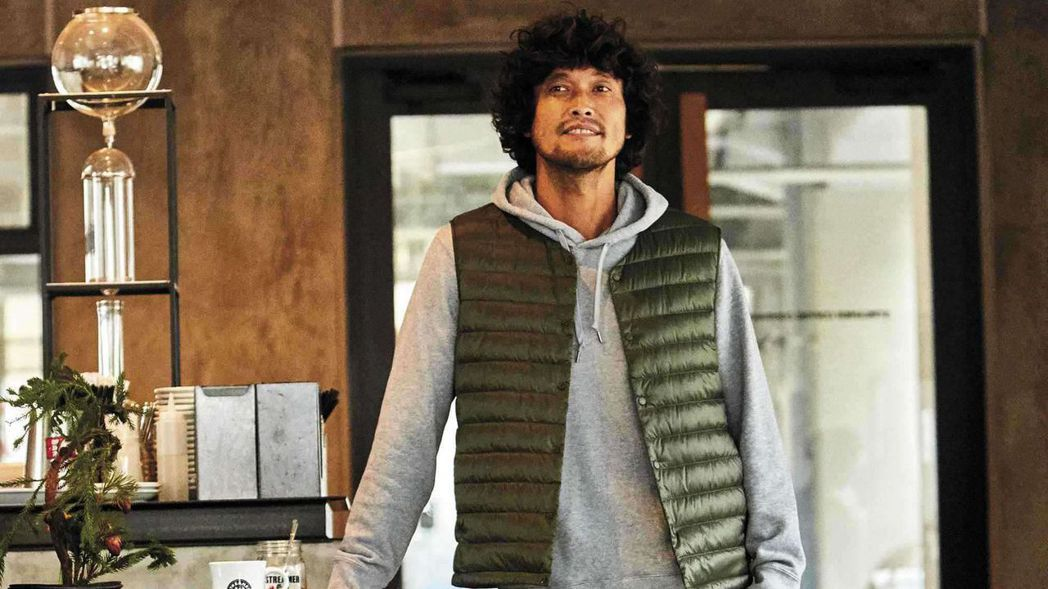 想要入手特級極輕羽絨系列服飾的消費者,就要鎖定UNIQLO為雙11所推出的優惠活...
