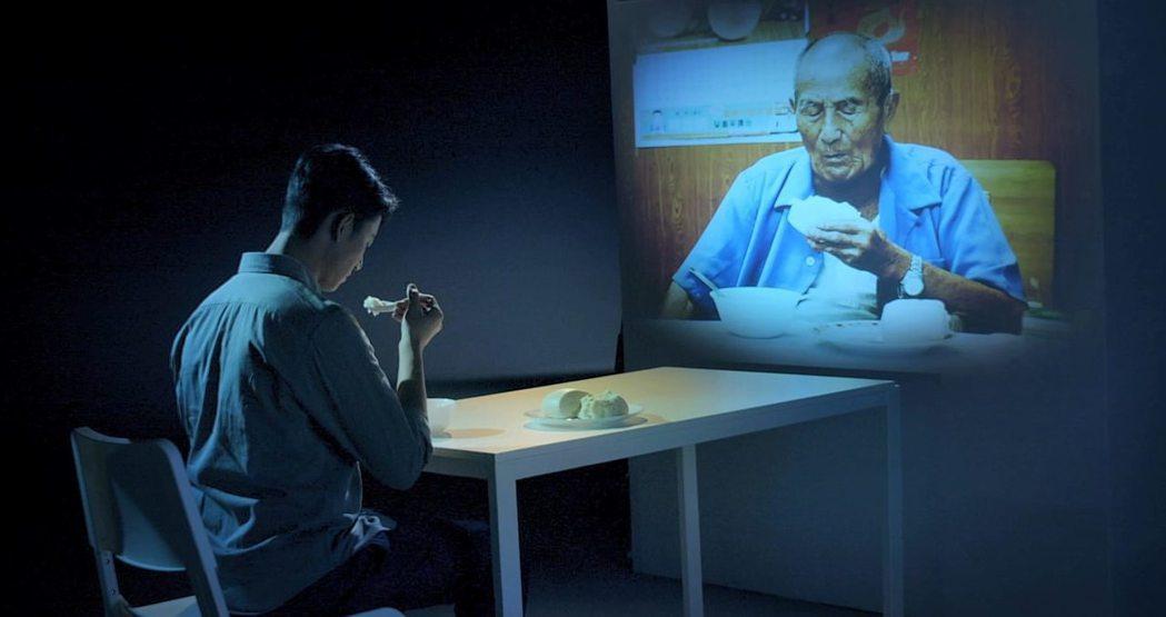 吳慷仁拍攝公益影片,揣摩人老後孤寂與無助。圖/伊甸基金會提供