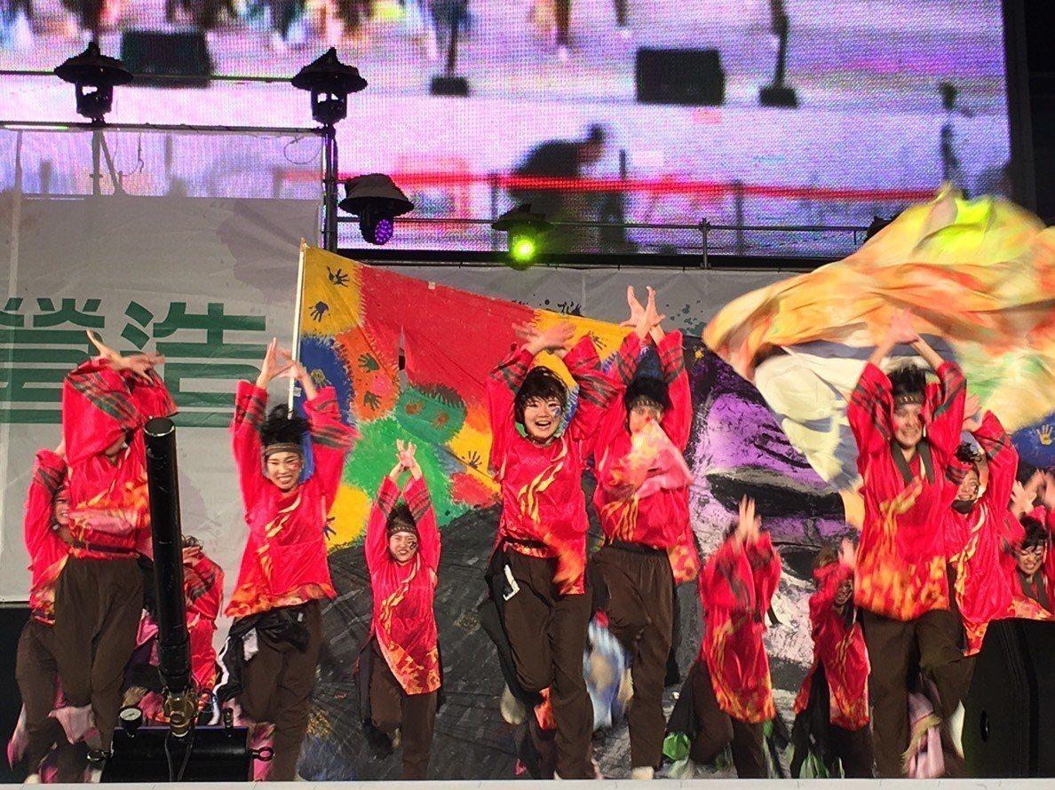 第3屆台中國際踩舞祭今晚間在市府前廣場盛大登場。記者黑中亮/攝影