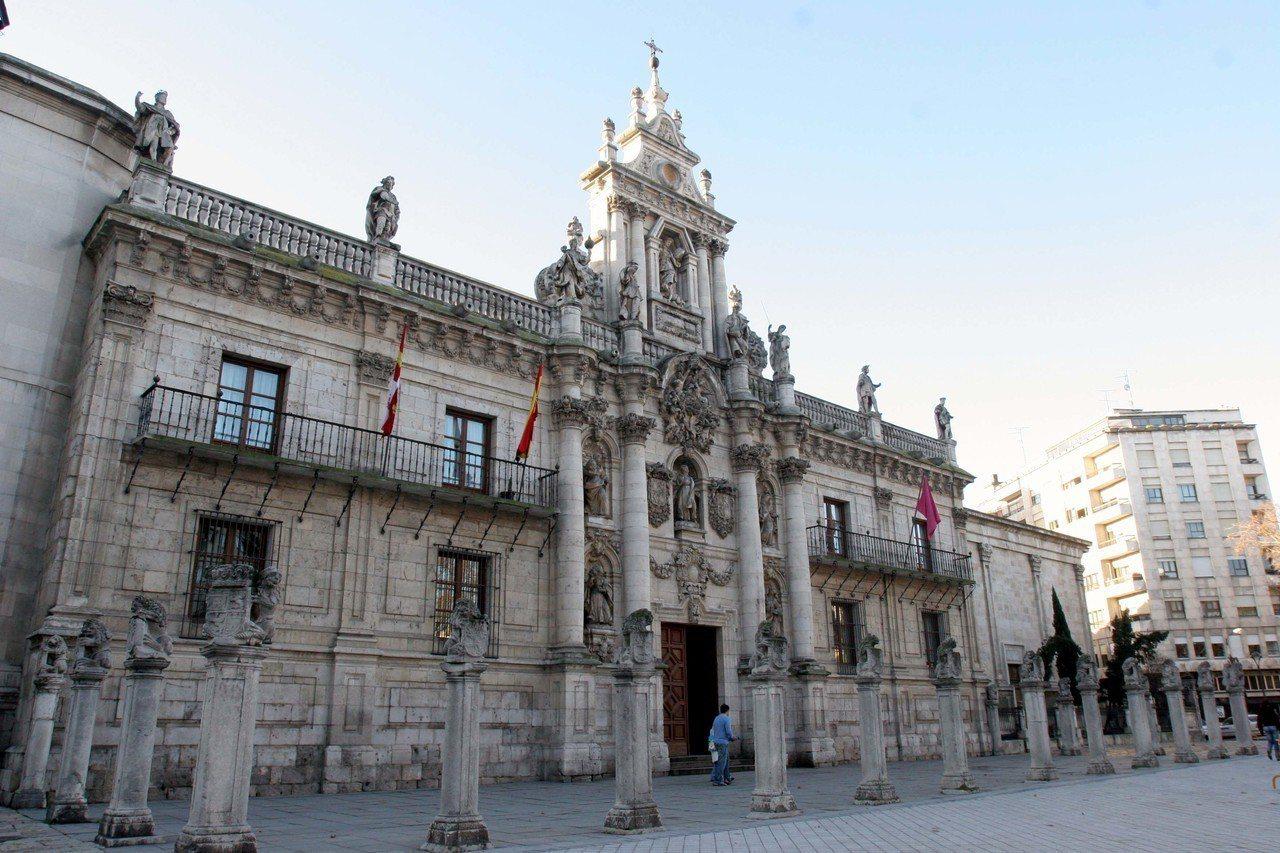 根據陸媒報導,就讀於西班牙巴利亞多利德大學的14名中國留學生,日前被西班牙政府駐...