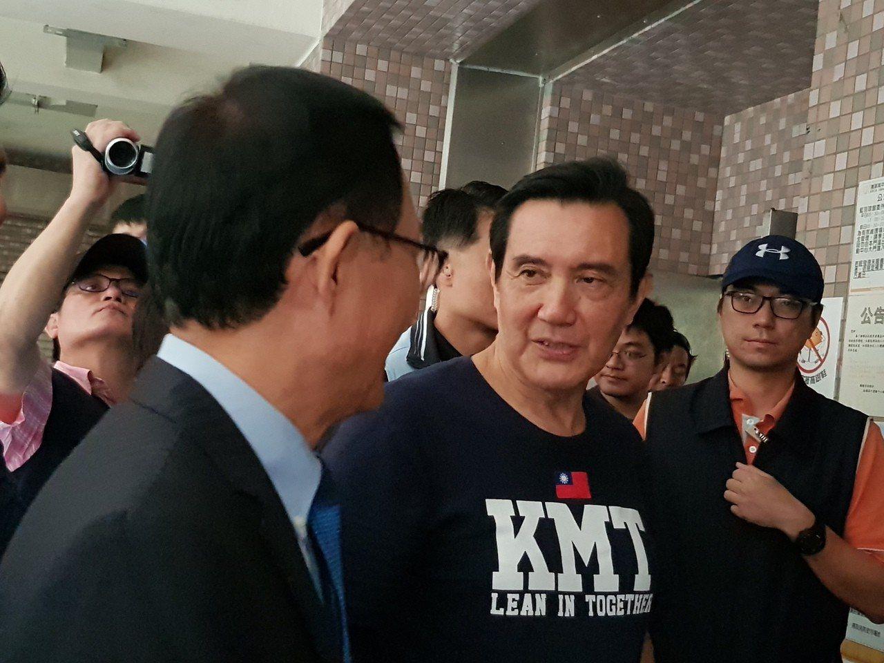馬英九今天下午到內湖為黨籍台北市長及議員候選人輔選。記者翁浩然/攝影