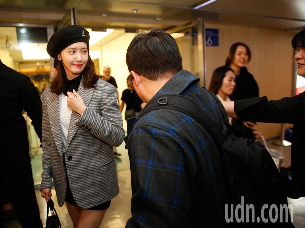 「少女時代」潤娥晚上抵台。記者鄭超文/攝影