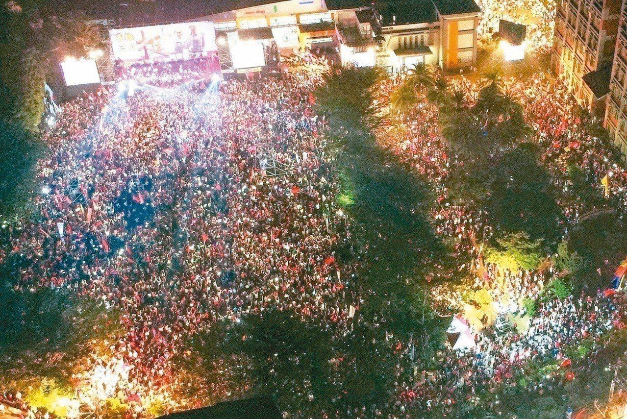 高雄市長候選人韓國瑜網路聲量暴漲帶動「韓流」。 圖/聯合報系資料照片