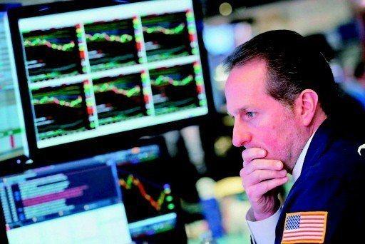近期全球不少股市自高點快速拉回,投資人憂心市場已見高點,但根據大型基金業者最新展...