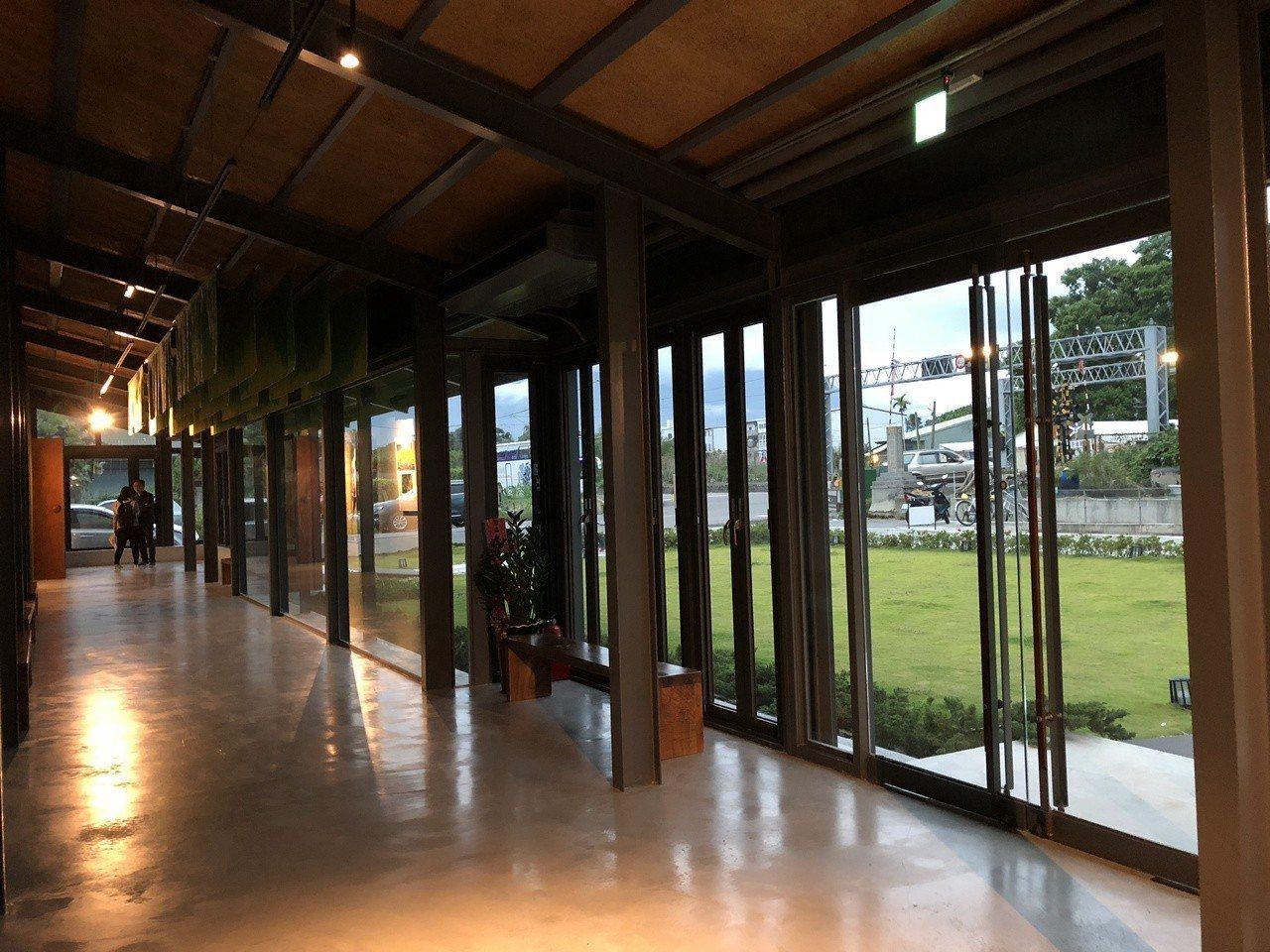 池上穀倉藝術館。記者何定照/攝影