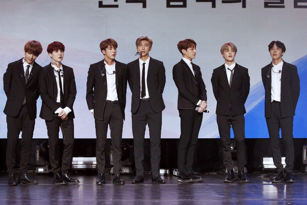 南韓熱門團體「防彈少年團」(BTS)10月在法國巡迴演出,演唱會門票也創下黑市紀...