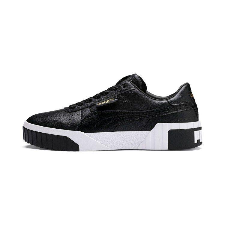 PUMA Cali系列黑色厚底鞋,2,980元。圖/PUMA提供