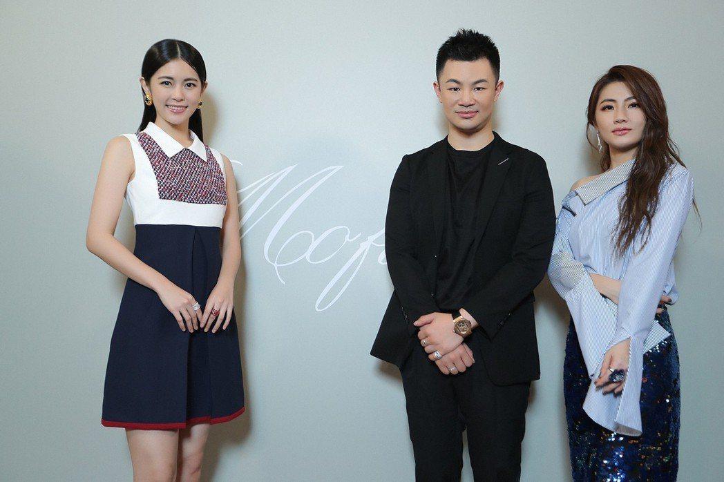 Selina(右)和妹妹任容萱(左)力挺Mofiel設計師Stephen Yua...