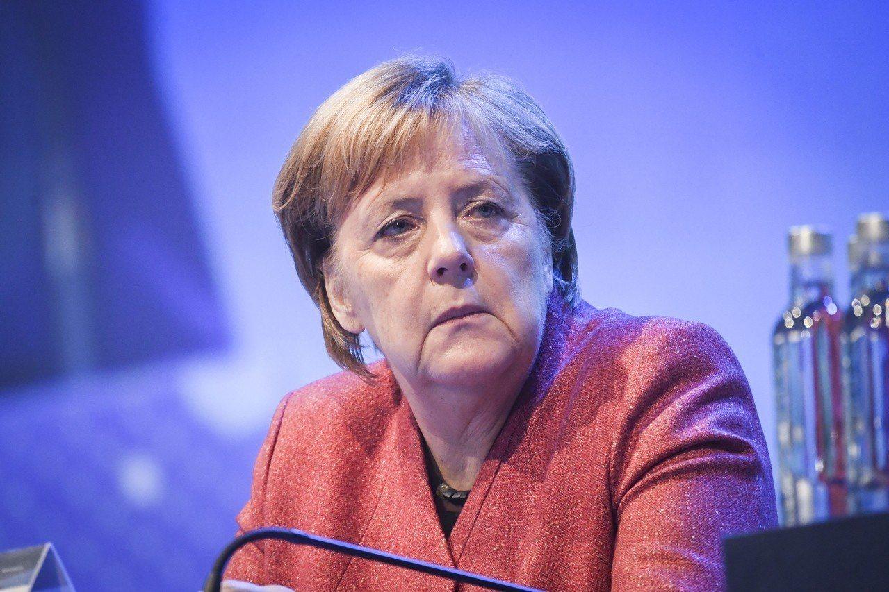 德國總理梅克爾宣布不再尋求連任黨魁。 (歐新社)