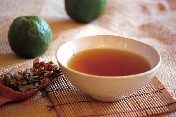 橘皮薑茶有行氣化瘀、通體舒暢的功效。圖/台灣好食材提供(源自:《綺的療癒香草屋》...